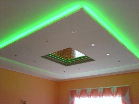 Ремонт квартиры: монтаж подвесного потолка из гипсокартона
